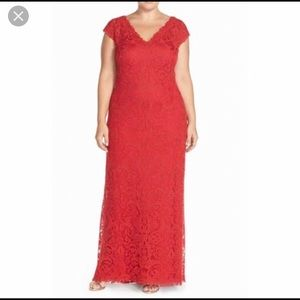 Tadashi Shoji V-Neck Lace Tulle Gown - Flame Red